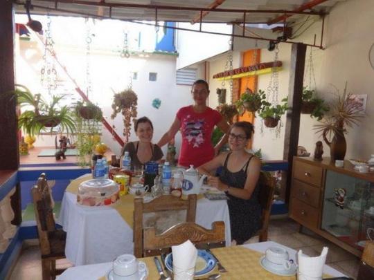 Agosto 2016 - Con las simpáticas huéspedes de Suiza en nuestro restaurante