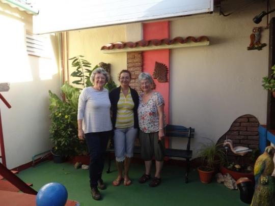 Marzo 2018 - Mayra con nuestras huéspedes de Alemania